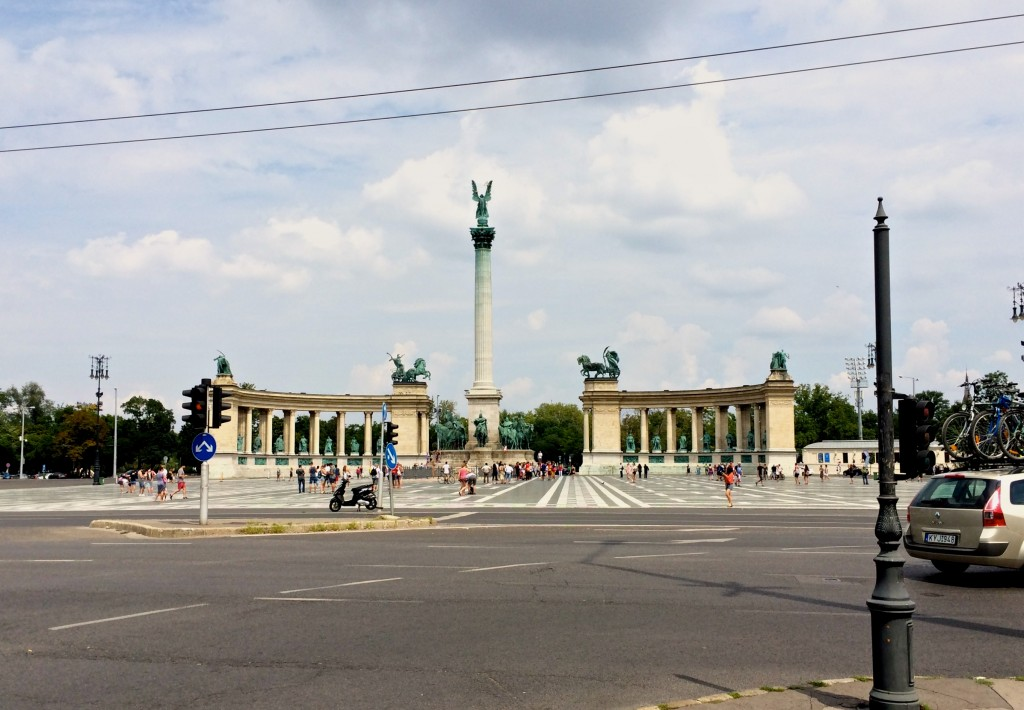 Heroes Circle Budapest