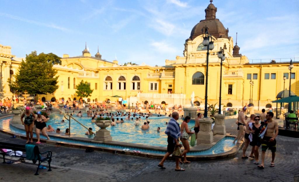 Szenchenyi Bath Budapest Review