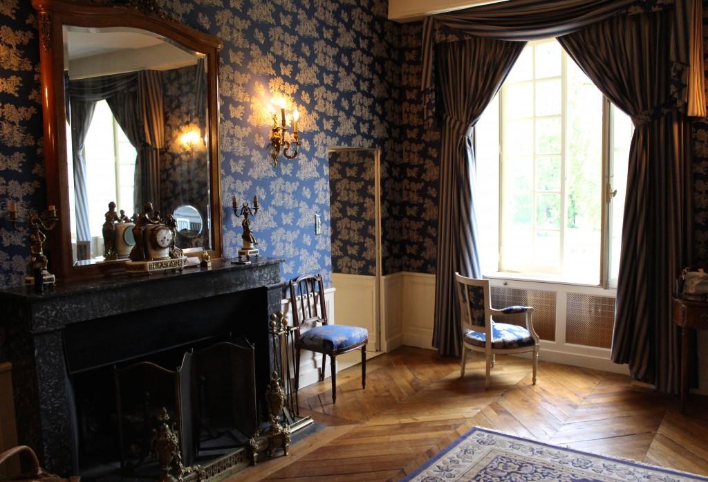 Chateau de Vault de Lugy Vezelay Room