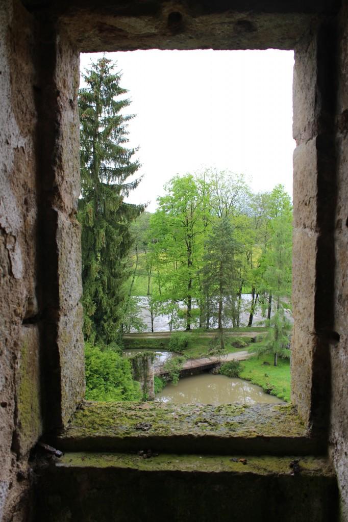 Chateau de Lugny Review