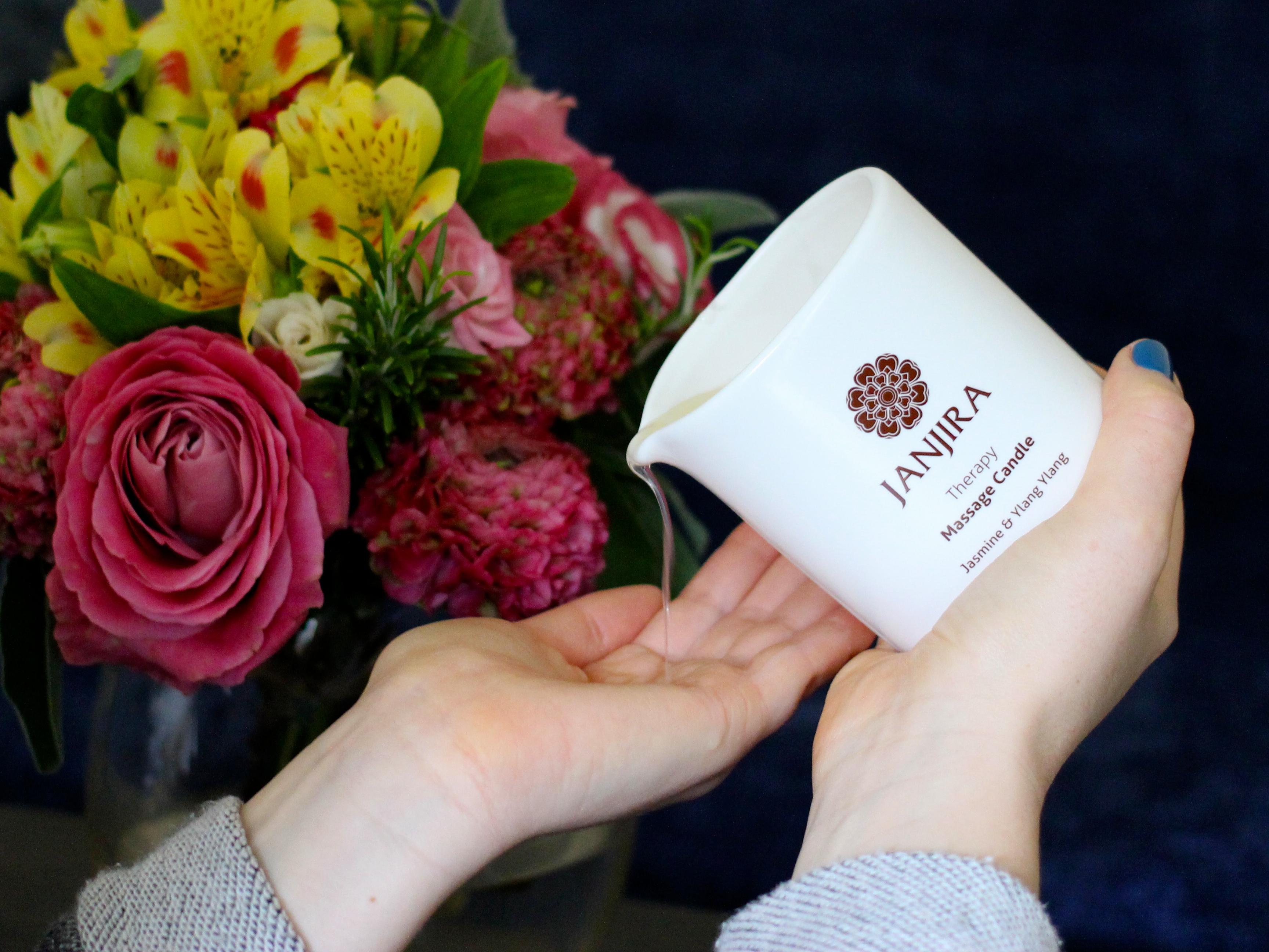 Janjira Massage Candle