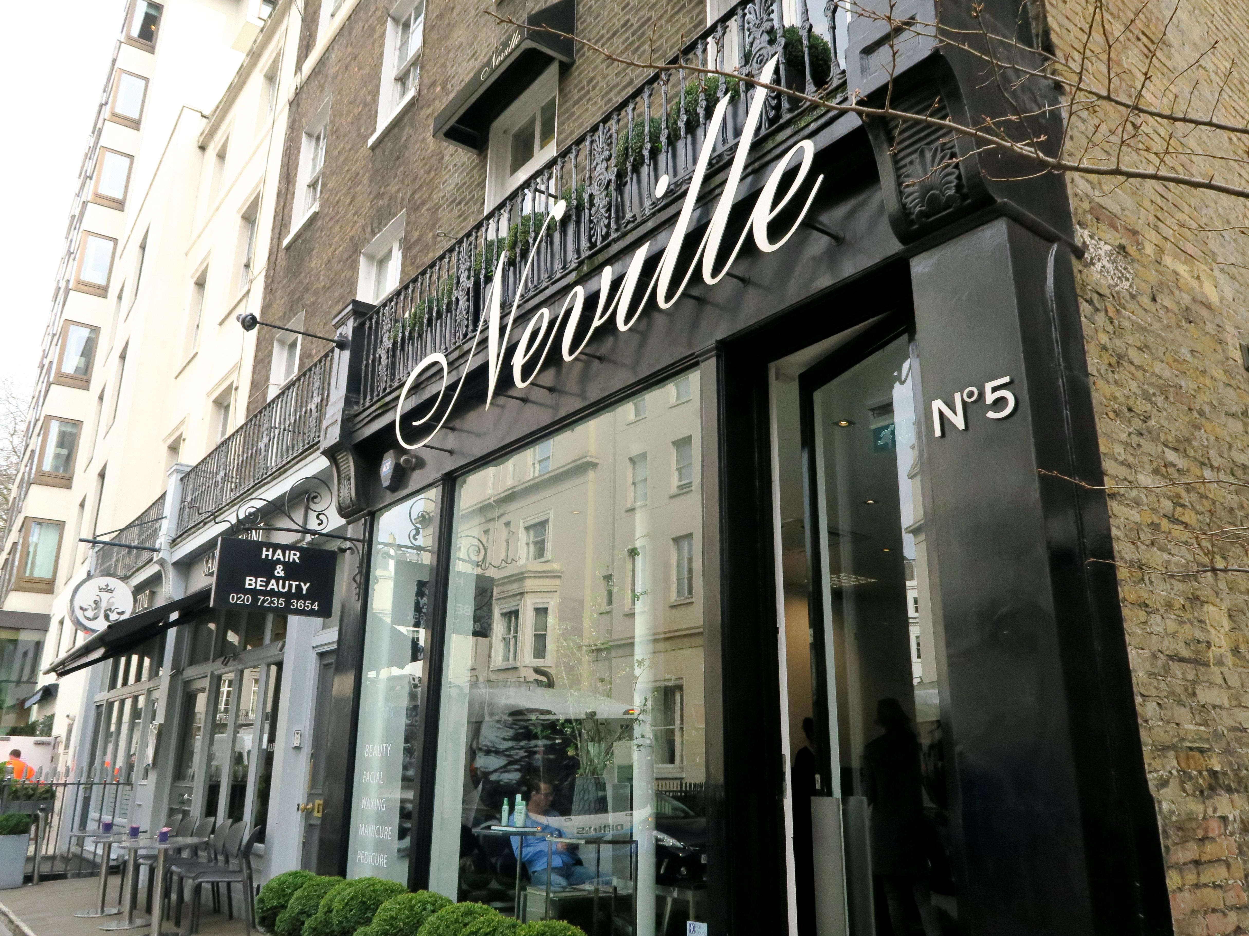 Neville Hairdresser Review