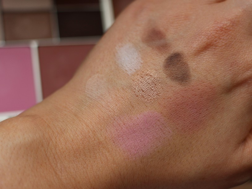 Stila perfect Me, Perfect Hue Swatches