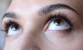 Eyelashes by Daxita Review