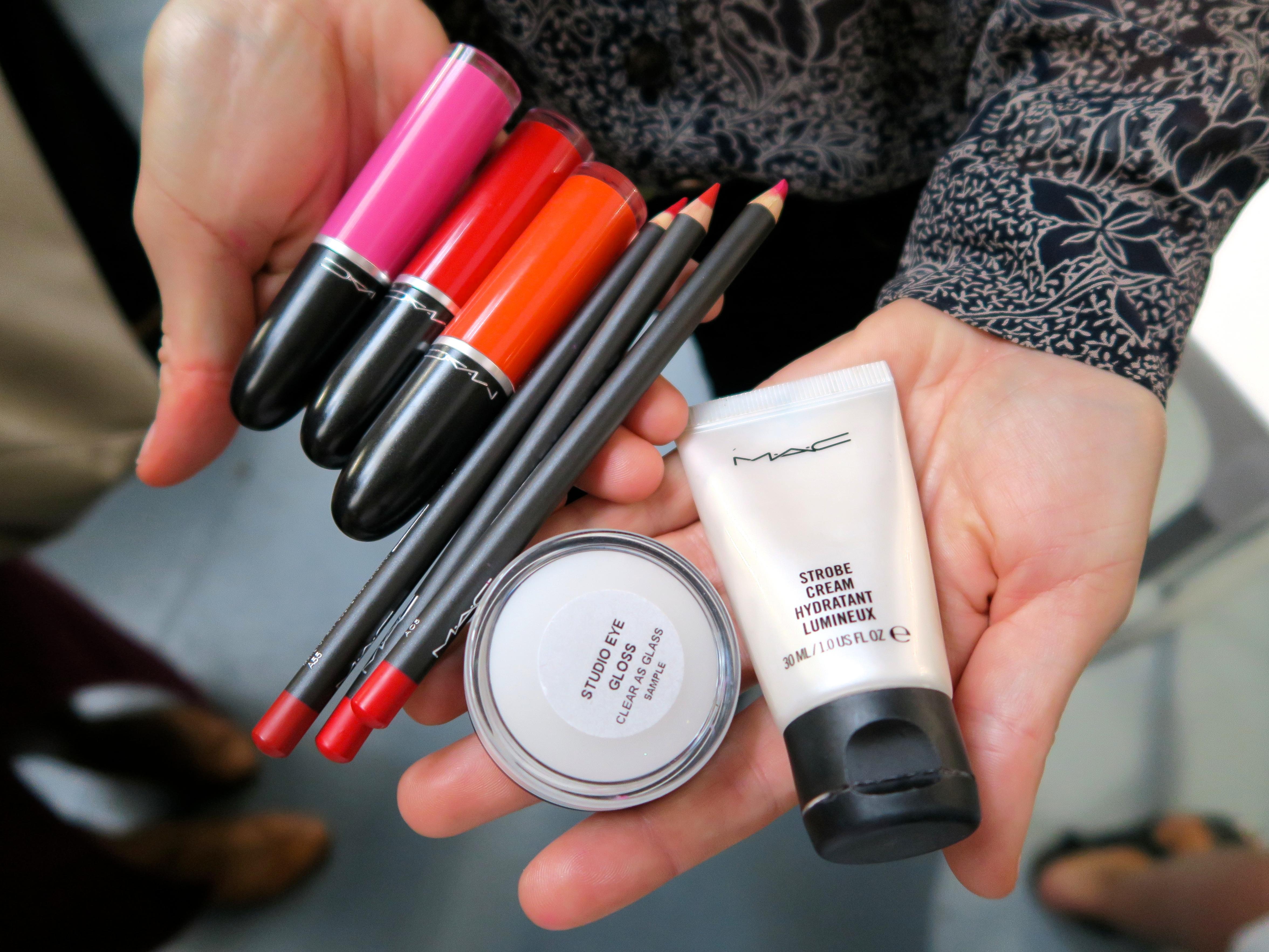 Lynsey Alexander Make-Up Kit