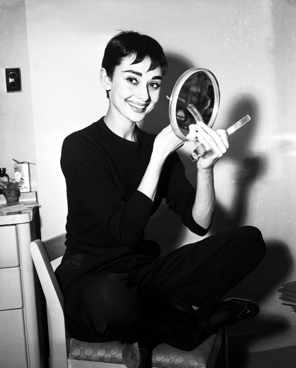 Eyeshadow Tricks Audrey Hepburn