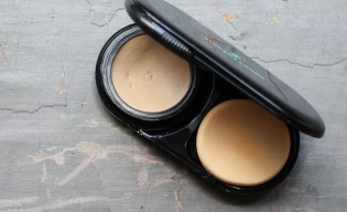 Vincent Longo Water Canvas Foundation