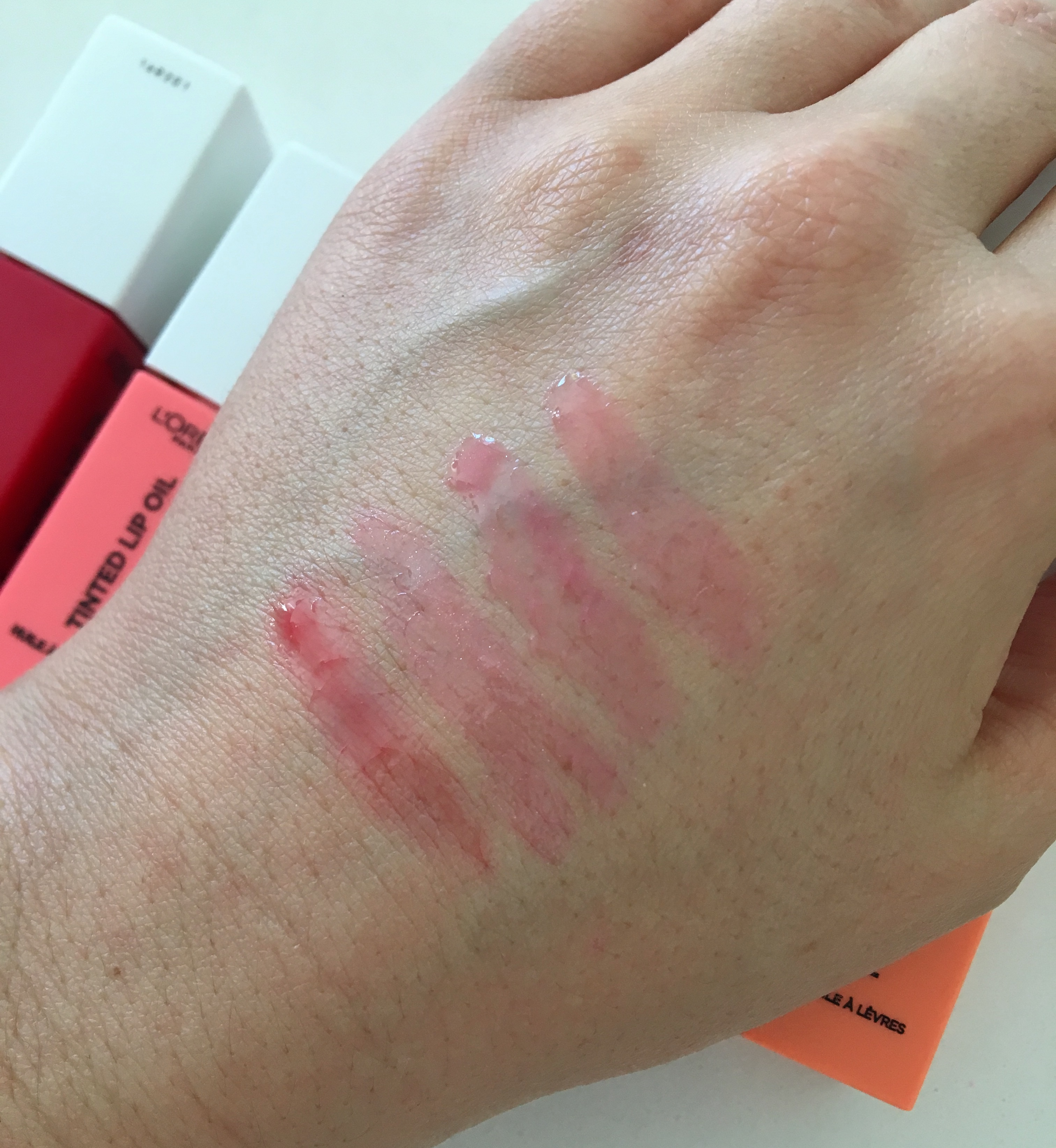 L'Oreal Lip Oil Swatches